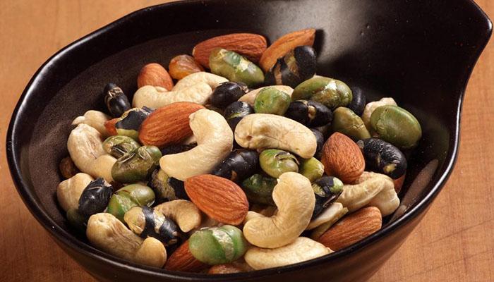 Hạt điều có những thành phần dinh dưỡng nào ?